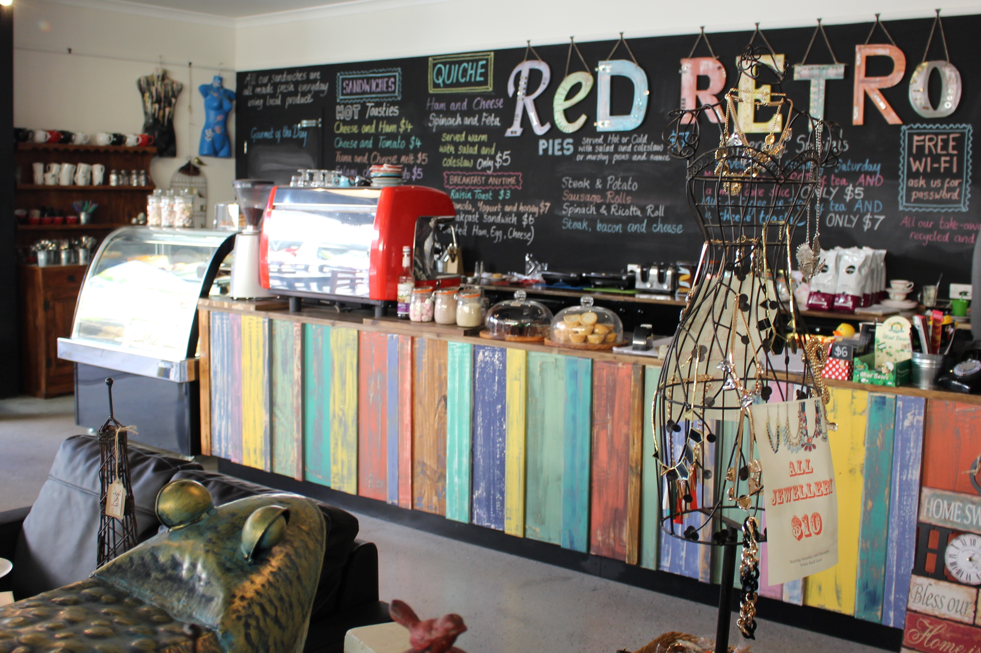 Red Retro Caf Currambine The Chef His Wife And Their